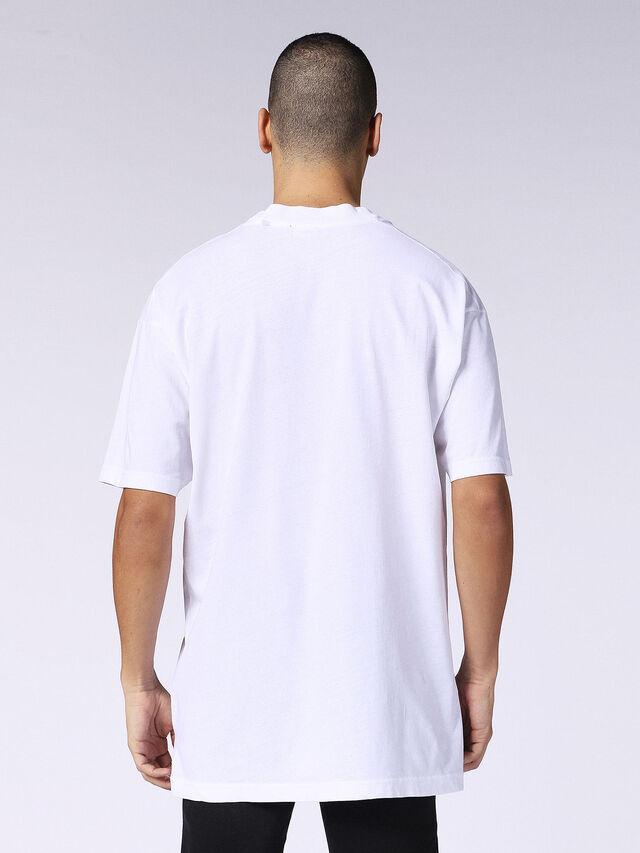 T-LUCAS-AB, White