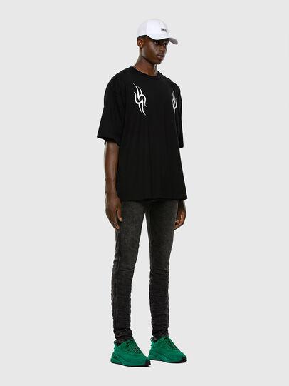 Diesel - D-Reeft JoggJeans 009FZ, Black/Dark grey - Jeans - Image 5