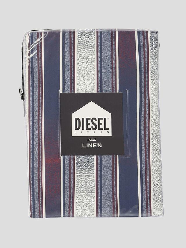Diesel - 72108 GRADIENT, Red - Duvet Cover Set - Image 2