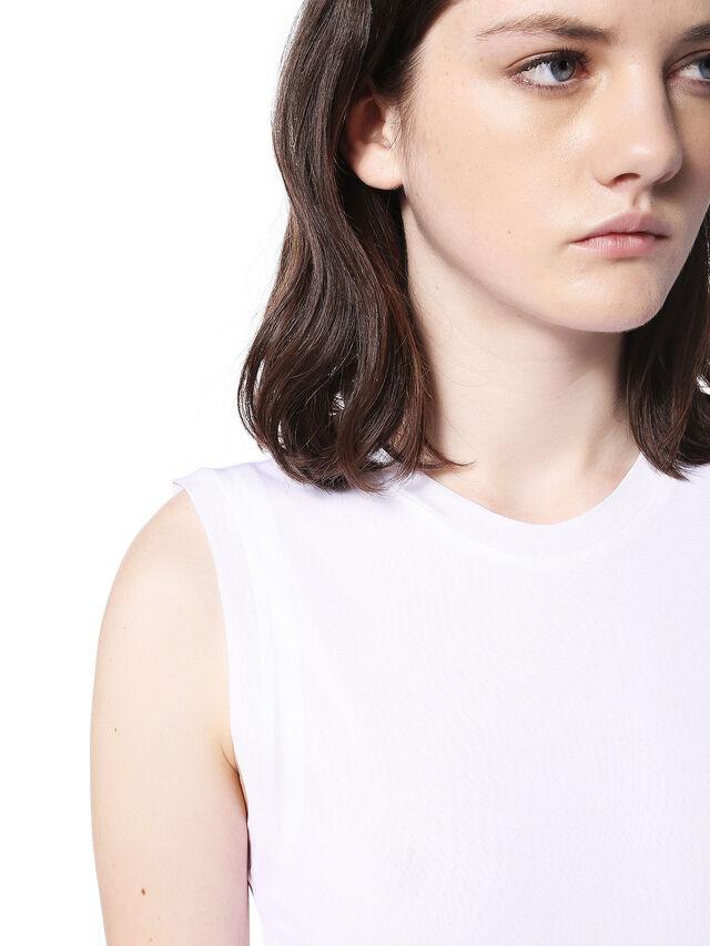 TEGET, White
