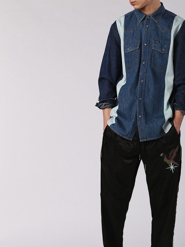 D-ARHUS, Blue jeans