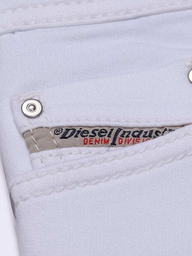 Diesel - TEPPHAR-J-N JOGGJEANS, White Jeans - Jeans - Image 4
