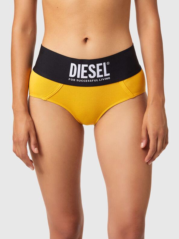 https://no.diesel.com/dw/image/v2/BBLG_PRD/on/demandware.static/-/Sites-diesel-master-catalog/default/dwa8516dc2/images/large/00SEX1_0DCAI_22K_O.jpg?sw=594&sh=792