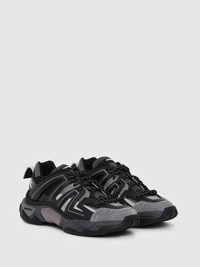Diesel - S-KIPPER LOW TREK, Black - Sneakers - Image 2