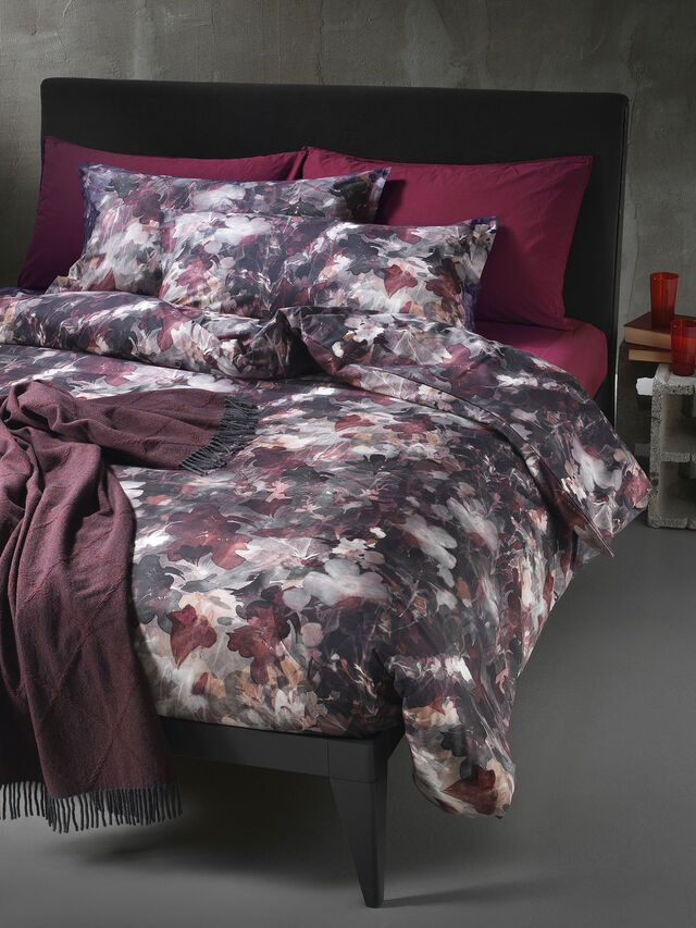 Diesel - 72081 DARK FIELD, Burgundy - Duvet Cover Set - Image 1