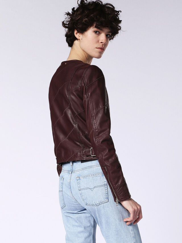 L-ARENA-A, Brown Leather