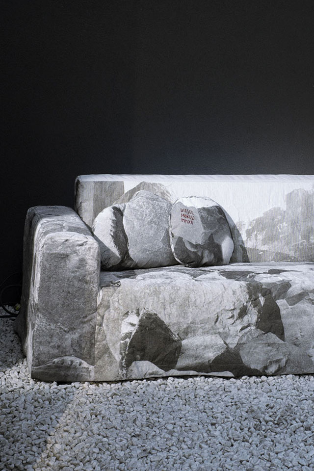 MR SOFTY SOFA